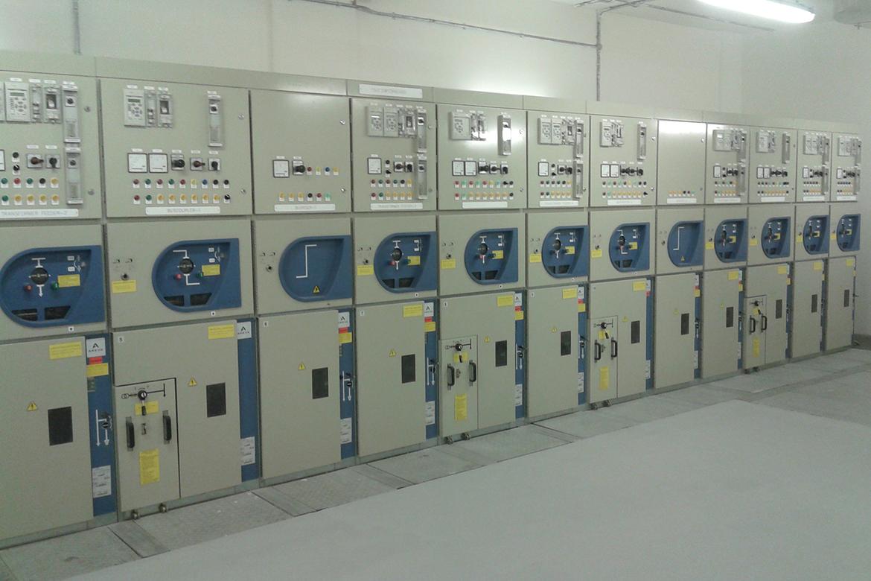 Medium Power Voltage Distribution